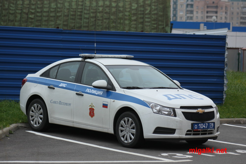 Фото машины гибдд с маячком синего цвета
